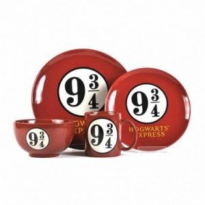 HARRY POTTER 4 PIECE DINNER SET – PLATFORM 9 3/4